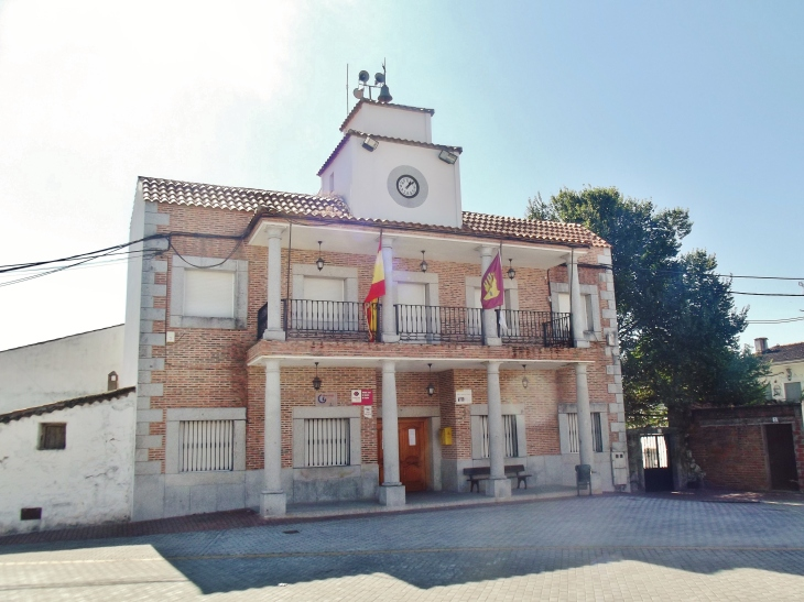 casa_consistorial_de_montesclaros